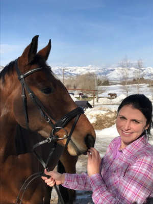 Socke (formerly Santano) lives now in Utah. He will be trained for an eventing career. German Horse Center wishes Jenn and Socke all the best.