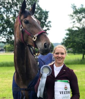 A perfect match: Vanessa and Bon Voyage. Multiple winner 1.30 m and 1.35 m class and placed 1.40 m.